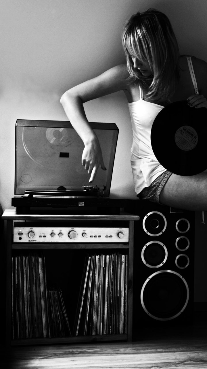 Saluzzi s top 10 reasons why he prefers vinyl for What to do with old vinyl records